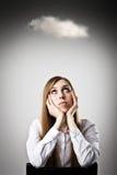 Mujer en blanco y nube Fotos de archivo libres de regalías