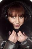 Mujer en chaqueta del invierno Fotografía de archivo libre de regalías