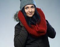 Mujer en chaqueta del invierno Imágenes de archivo libres de regalías