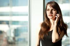 Mujer en el aeropuerto Imagen de archivo