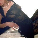 Mujer en el mantón del negro del cordón sq Fotografía de archivo