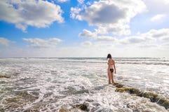 Mujer en el mar Imágenes de archivo libres de regalías