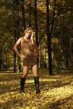 Mujer en el parque Imagen de archivo libre de regalías