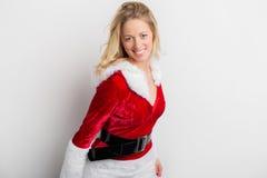 Mujer en el traje rojo del Año Nuevo Fotografía de archivo libre de regalías