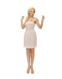 Mujer en el vestido blanco Fotografía de archivo