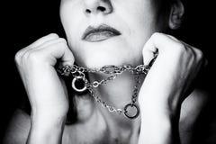 Mujer en encadenamientos Imagenes de archivo