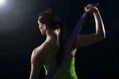 Mujer en engranaje atlético Imagen de archivo