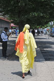 Mujer en la alineada africana, New York City, Nueva York Foto de archivo