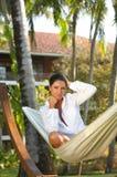 Mujer en la hamaca Fotografía de archivo