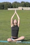Mujer en la meditación Fotos de archivo