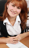 Mujer en la sonrisa de la oficina Imagen de archivo