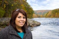 Mujer en otoño fotografía de archivo libre de regalías