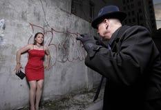 Mujer en peligro Foto de archivo libre de regalías