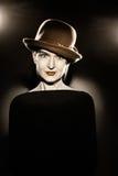Mujer en retrato retro del vintage del sombrero Foto de archivo libre de regalías