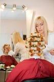 Mujer en salón de belleza Imagen de archivo