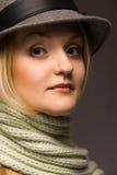 Mujer en sombrero Fotos de archivo libres de regalías