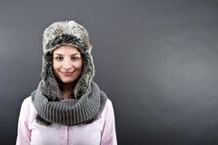 Mujer en sombrero del invierno Imagen de archivo libre de regalías