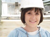 Mujer en sombrero duro Imagen de archivo libre de regalías