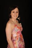 Mujer en sundress coloridos Fotos de archivo libres de regalías