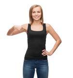 Mujer en top sin mangas negro en blanco Imagen de archivo