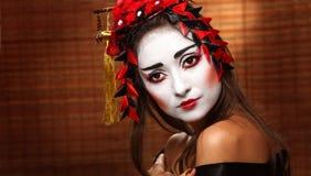 Mujer en traje del este tradicional Fotos de archivo