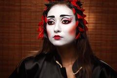 Mujer en traje del este tradicional Fotografía de archivo libre de regalías