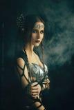 Mujer en un vestido imagenes de archivo