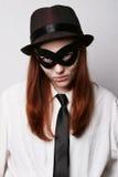 Mujer en una máscara negra del carnaval Imagen de archivo