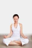 Mujer en yoga Imagen de archivo libre de regalías