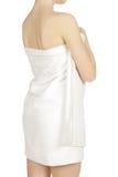 Mujer envuelta en una toalla Imagenes de archivo