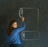 Mujer, estudiante o profesor con la escritura de la voluta del menú a bordo Fotos de archivo
