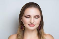 Mujer fea de la cara Imagen de archivo