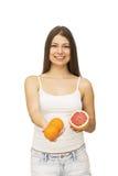 Mujer feliz con la fruta foto de archivo