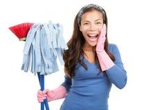 Mujer feliz de limpieza sorprendida Imagen de archivo