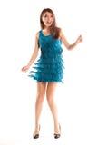 Mujer feliz del baile en alineada azul y zapatos negros Imagenes de archivo