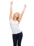 Mujer feliz del baile en camiseta blanca en blanco Imagenes de archivo