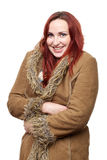 Mujer feliz en abrigo de invierno grande fotografía de archivo libre de regalías