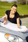 Mujer feliz en el coche imágenes de archivo libres de regalías