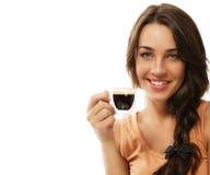Mujer feliz hermosa con una taza de coffe del café express Imagen de archivo