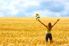 Mujer feliz y libertad Imagen de archivo libre de regalías