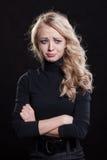 Mujer gritadora trastornada expresión trágica Fotografía de archivo libre de regalías