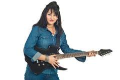 Mujer hermosa con la guitarra Foto de archivo libre de regalías