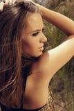Mujer hermosa con maquillaje de la manera del ojo de gato Imagen de archivo libre de regalías