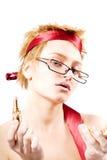 Mujer hermosa con un lápiz labial fotos de archivo