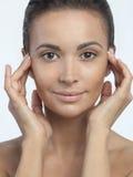 Mujer hermosa de la muchacha con la piel hermosa del maquillaje desnudo imagenes de archivo