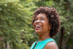 Mujer hermosa del afroamericano foto de archivo libre de regalías