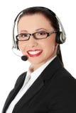 Mujer hermosa del centro de atención telefónica Fotografía de archivo libre de regalías