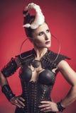 Mujer hermosa del guerrero Combatiente de la fantasía Fotografía de archivo