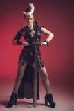 Mujer hermosa del guerrero Combatiente de la fantasía Fotos de archivo libres de regalías