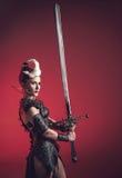 Mujer hermosa del guerrero Combatiente de la fantasía Imagen de archivo libre de regalías